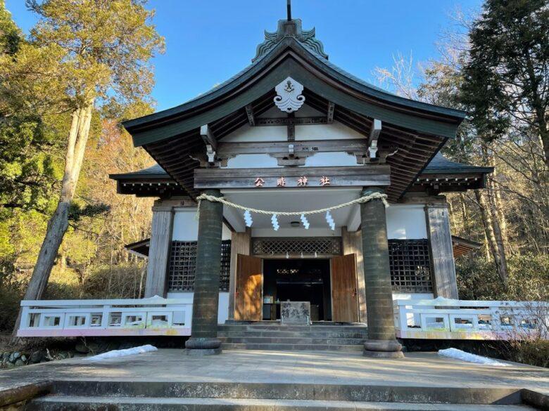 公時神社の社殿